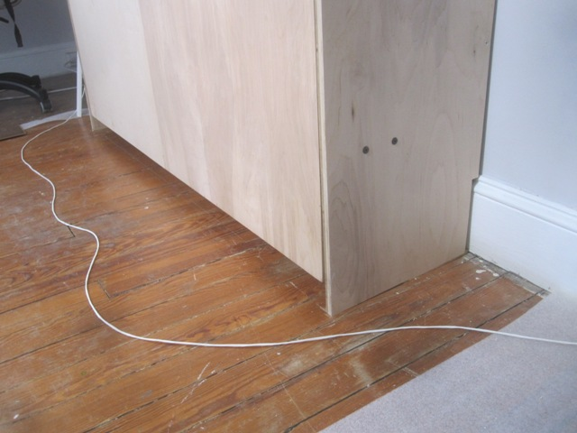 There isn't much to connect the front baseboard to.