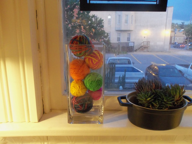 It makes the window sill cheery even at dusk.